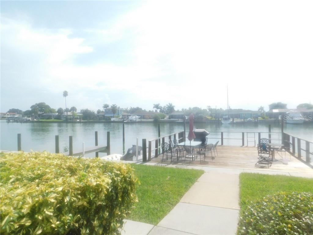 333 ISLAND WAY #105 Property Photo - CLEARWATER, FL real estate listing