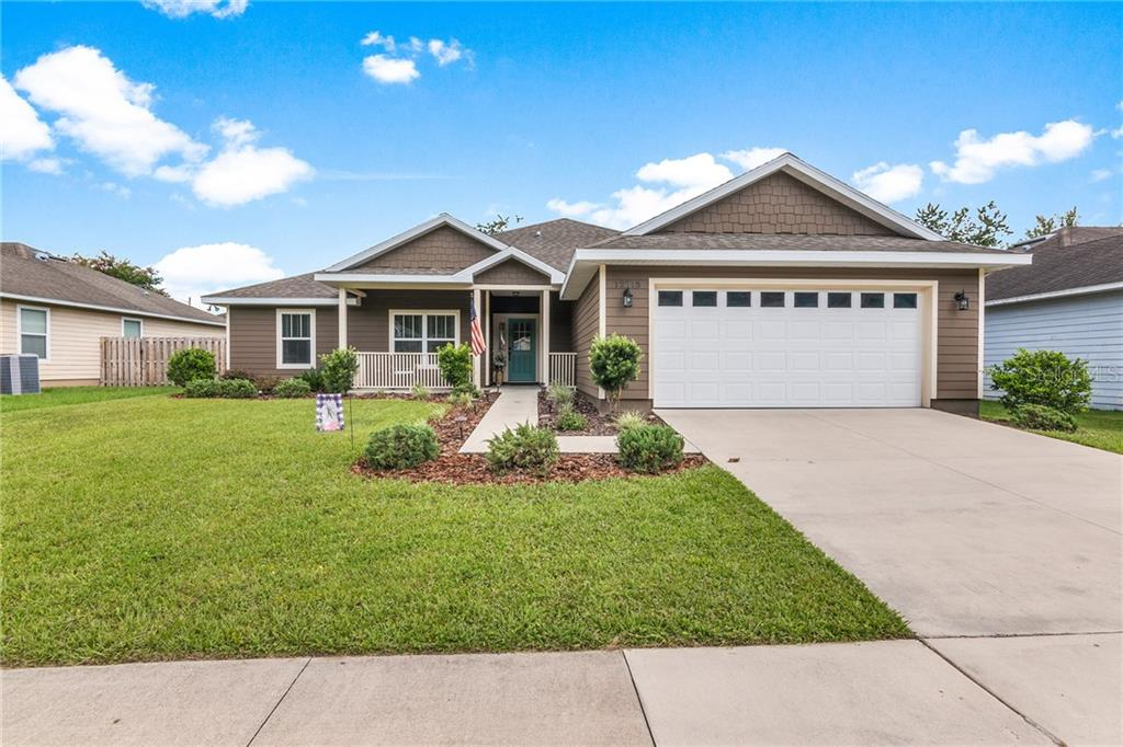 12215 NW 162ND DR Property Photo - ALACHUA, FL real estate listing