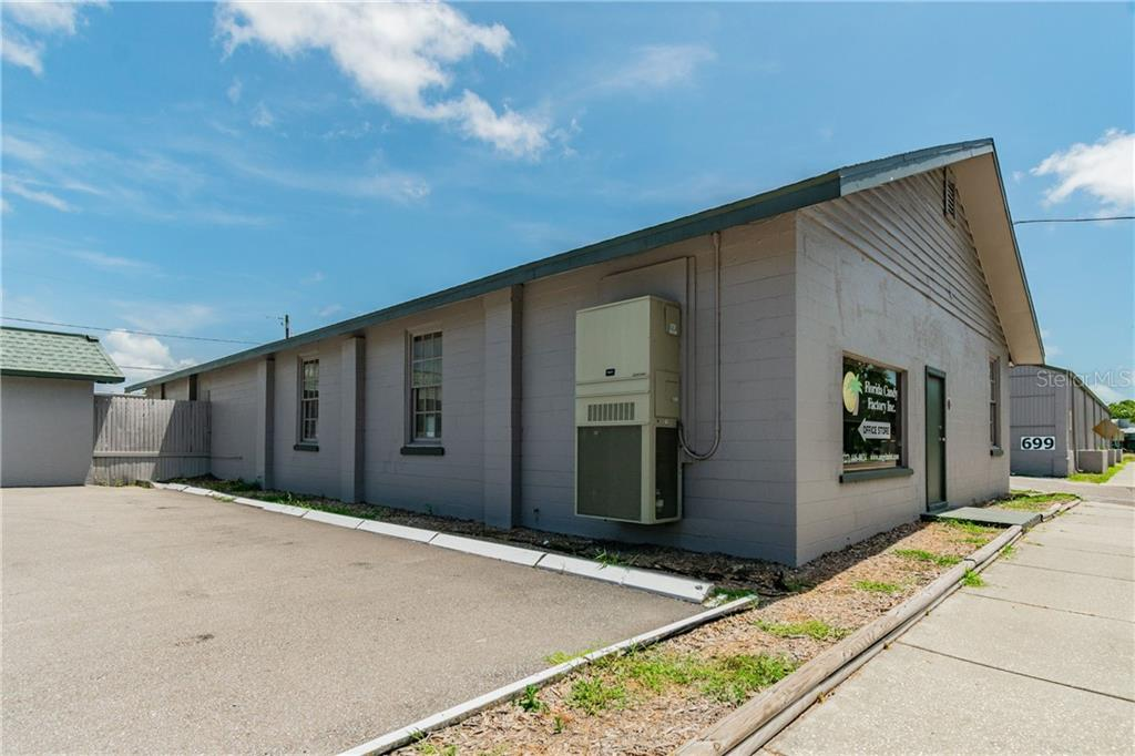 701 LAKEVIEW ROAD Property Photo - CLEARWATER, FL real estate listing