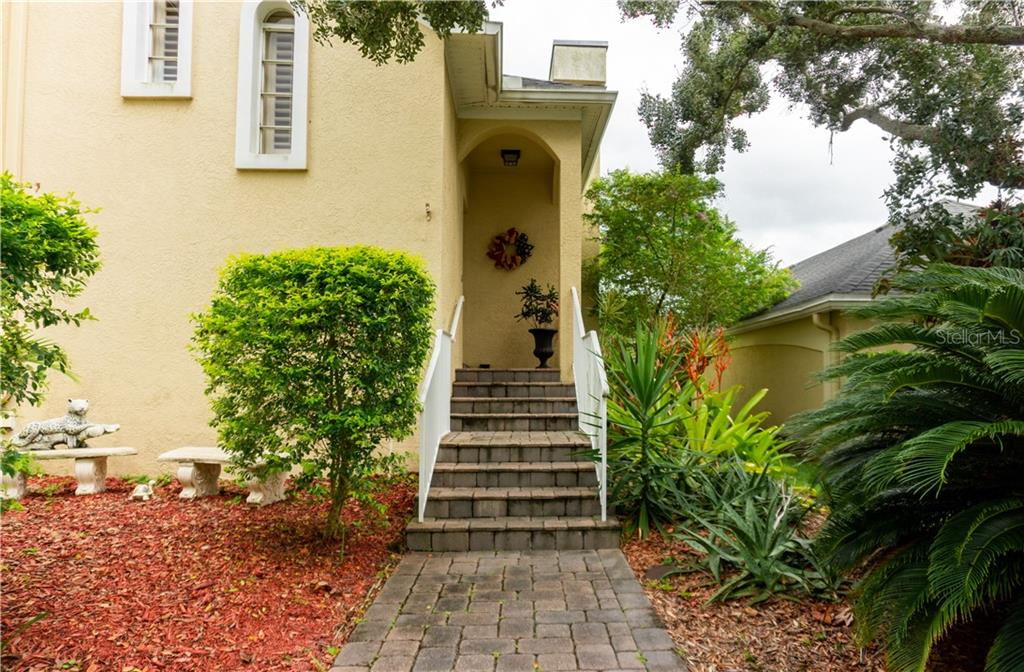 13716 MARSEILLES COURT Property Photo - CLEARWATER, FL real estate listing