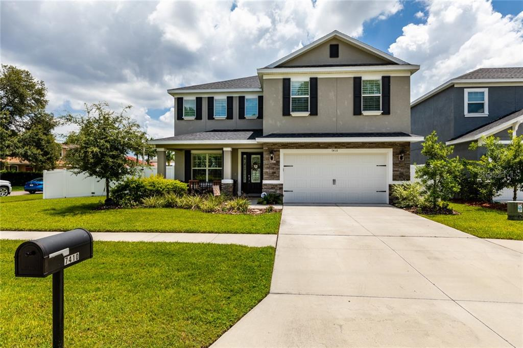 7410 71ST AVE N Property Photo - PINELLAS PARK, FL real estate listing