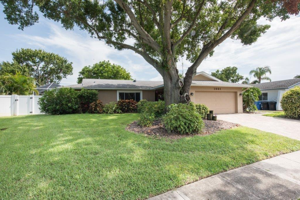 1801 OHIO AVENUE NE Property Photo - ST PETERSBURG, FL real estate listing