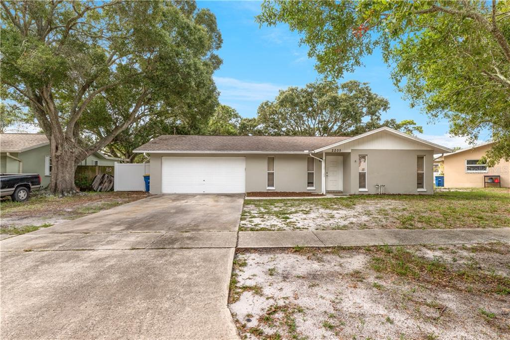 2205 HEMERICK PL Property Photo - CLEARWATER, FL real estate listing