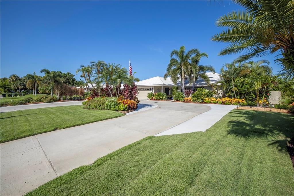 4443 37TH STREET S Property Photo - ST PETERSBURG, FL real estate listing