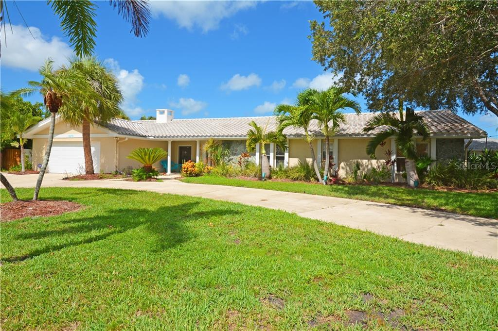 1670 CLEARWATER HARBOR DRIVE Property Photo - LARGO, FL real estate listing