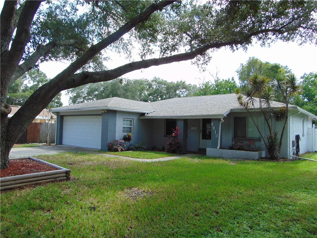 9910 62ND STREET N Property Photo - PINELLAS PARK, FL real estate listing