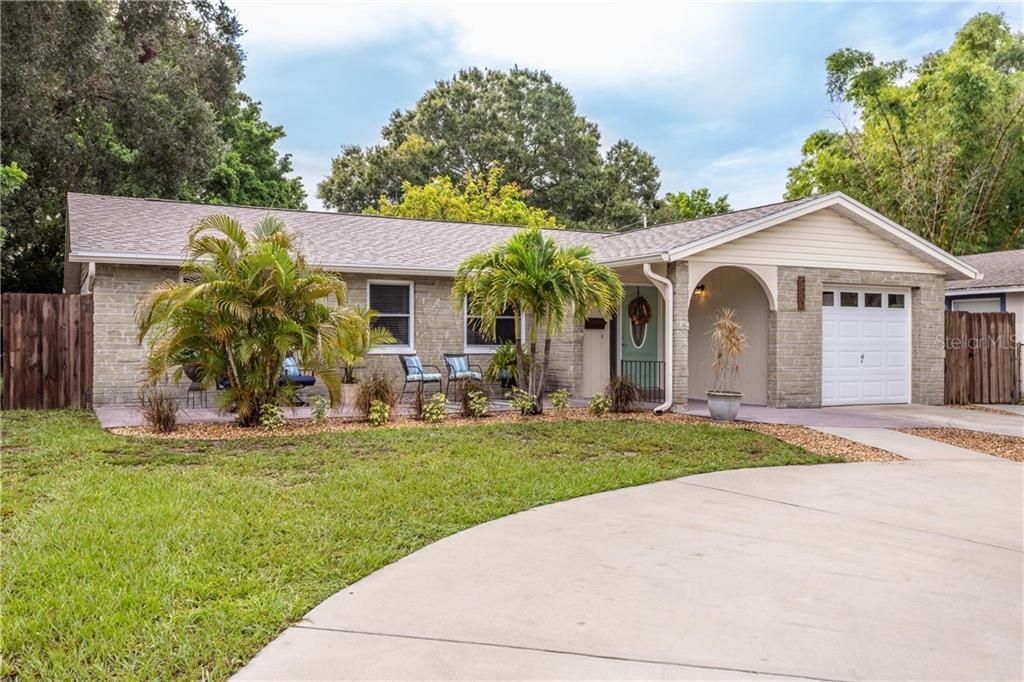 5507 PINE CIR NE Property Photo - ST PETERSBURG, FL real estate listing
