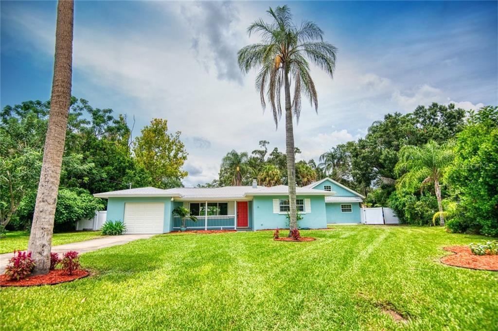 3072 GLEN OAK AVENUE N Property Photo - CLEARWATER, FL real estate listing