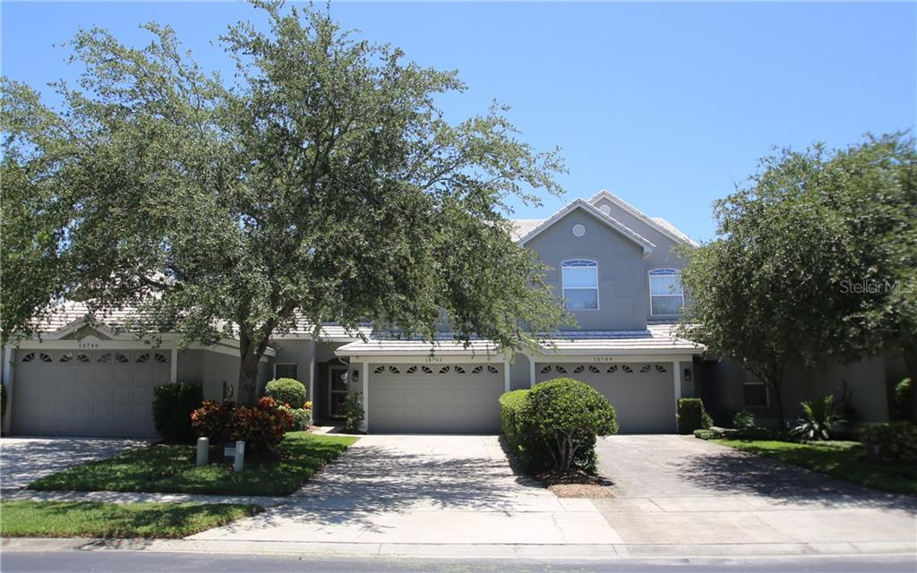 13742 EAGLES WALK DRIVE Property Photo - CLEARWATER, FL real estate listing