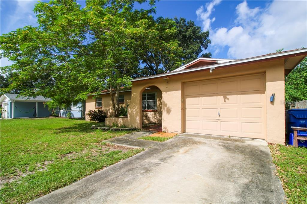 8798 91ST STREET Property Photo - SEMINOLE, FL real estate listing