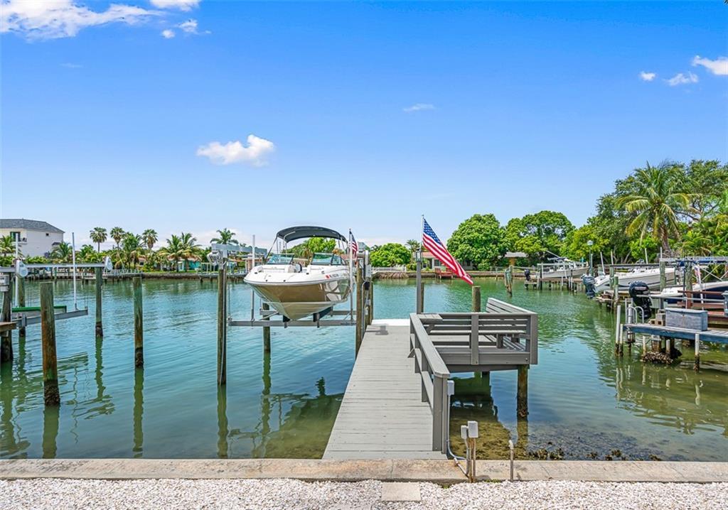 11460 8TH STREET E Property Photo - TREASURE ISLAND, FL real estate listing