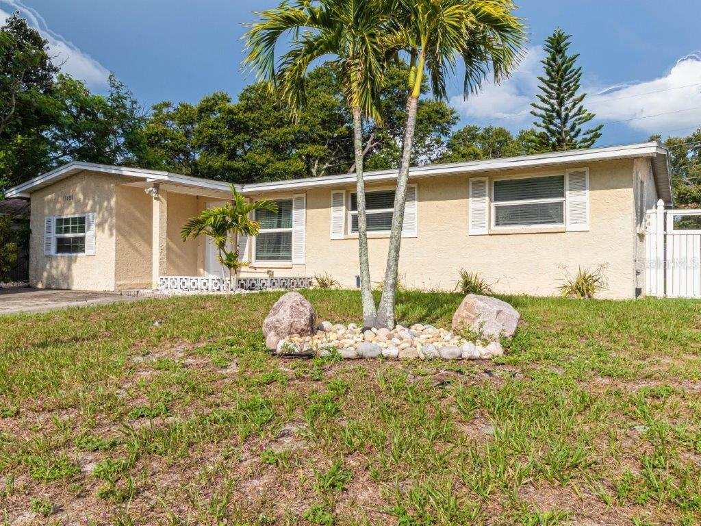 11486 92ND STREET Property Photo - LARGO, FL real estate listing