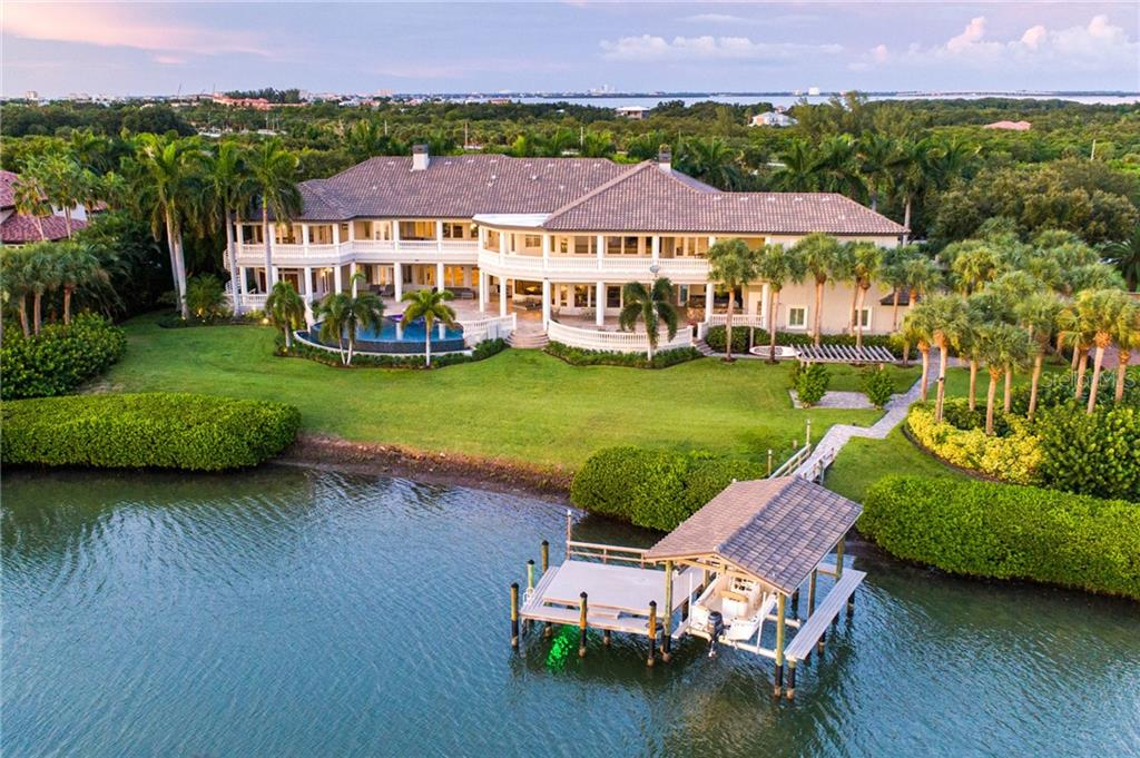 2131 OCEANVIEW DRIVE Property Photo - TIERRA VERDE, FL real estate listing