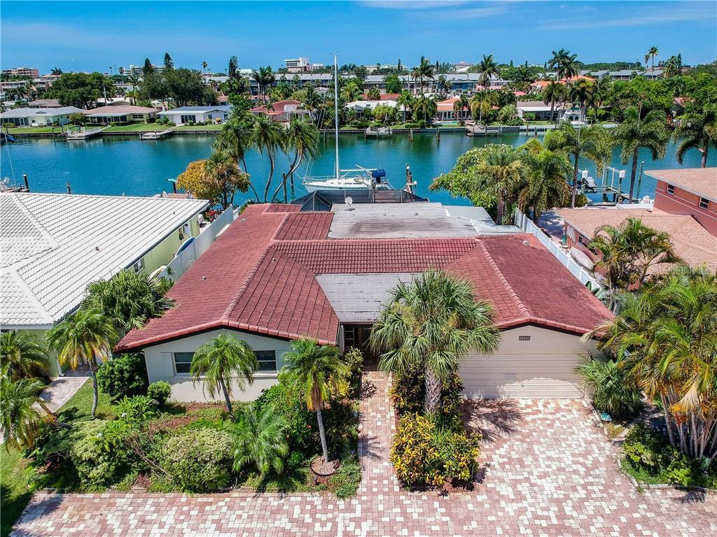 11870 5TH STREET E Property Photo - TREASURE ISLAND, FL real estate listing