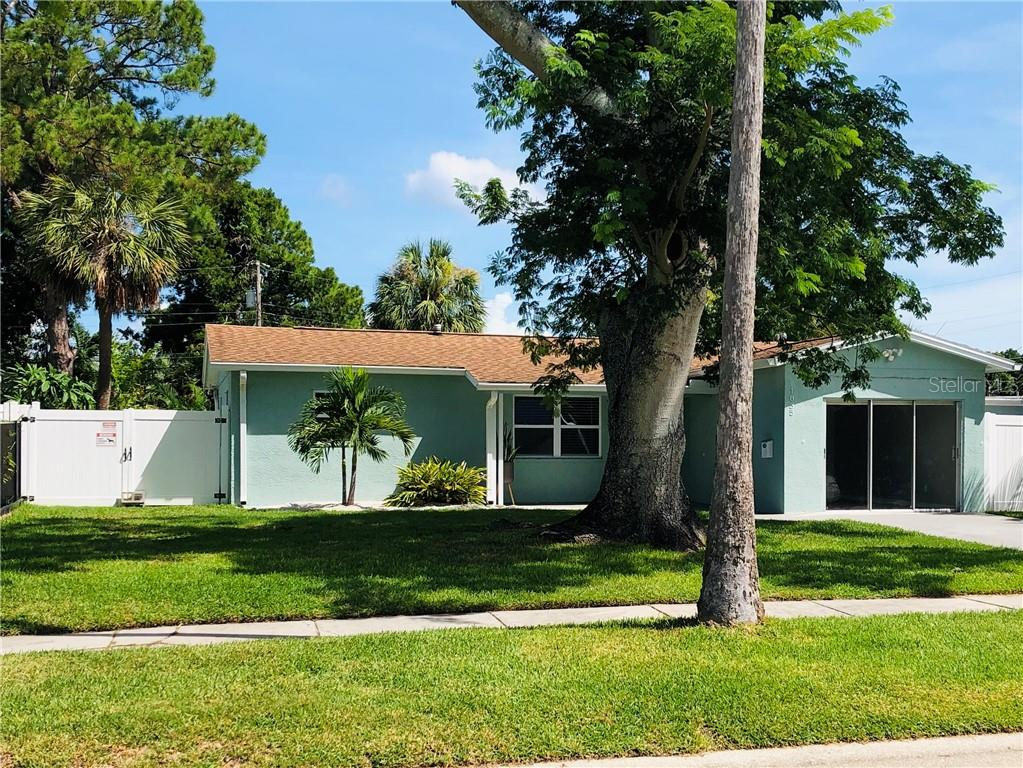 1835 OREGON AVENUE NE Property Photo - ST PETERSBURG, FL real estate listing