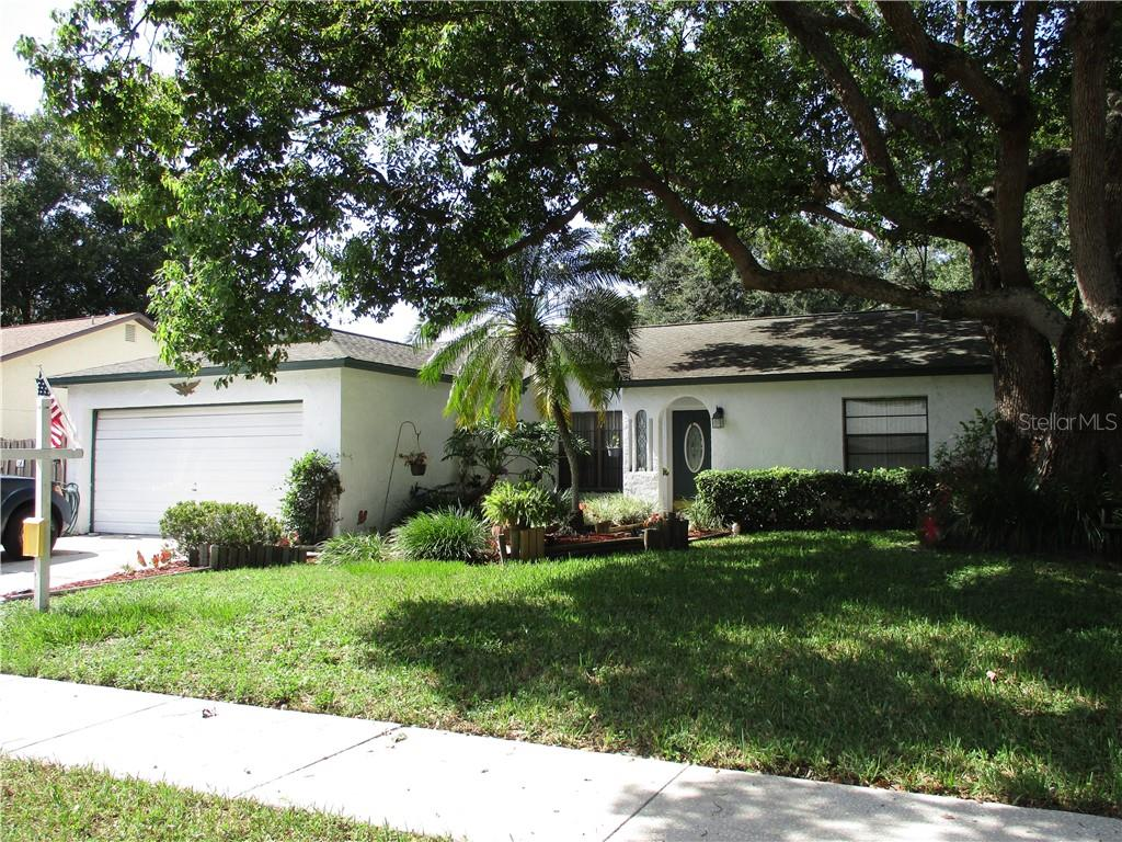 2110 RIVERS EDGE COURT Property Photo - CLEARWATER, FL real estate listing