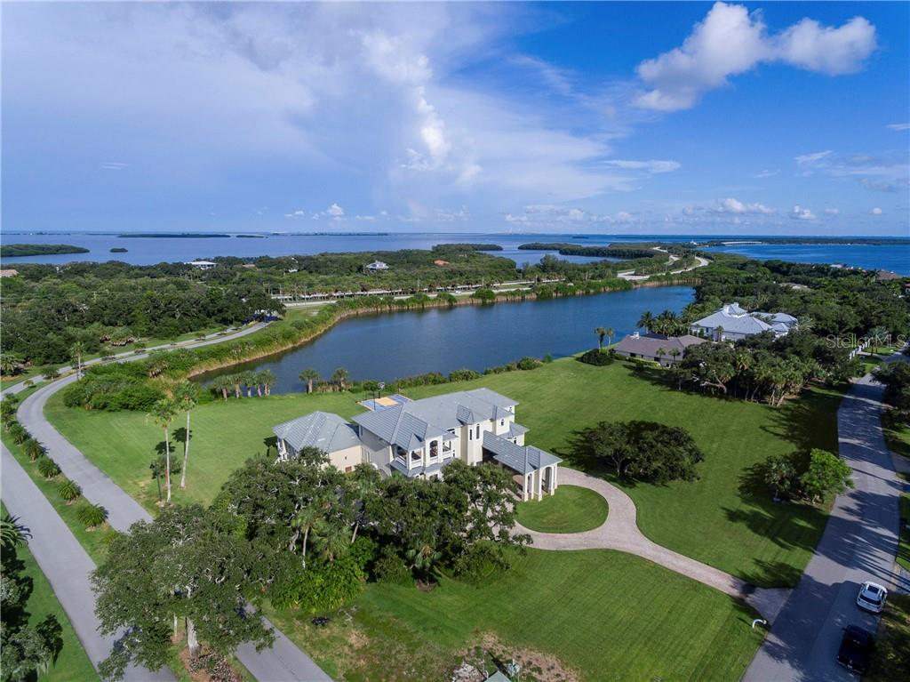 1906 OCEANVIEW DRIVE Property Photo - TIERRA VERDE, FL real estate listing