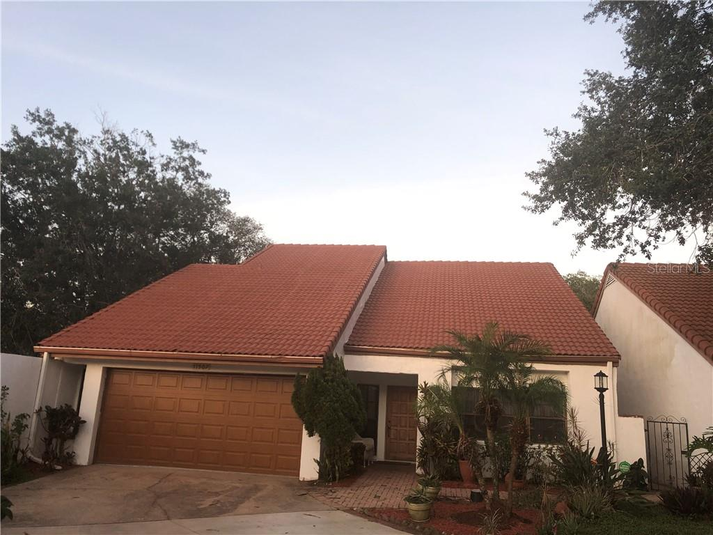 11507 Robles Del Rio Place Property Photo