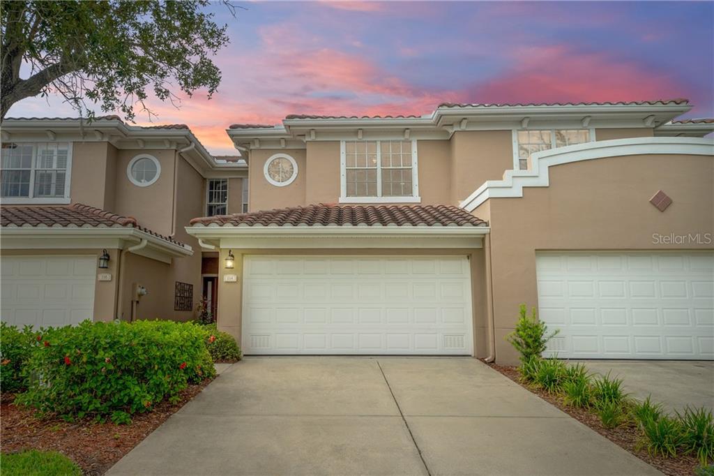 114 VALENCIA CIRCLE Property Photo - ST PETERSBURG, FL real estate listing