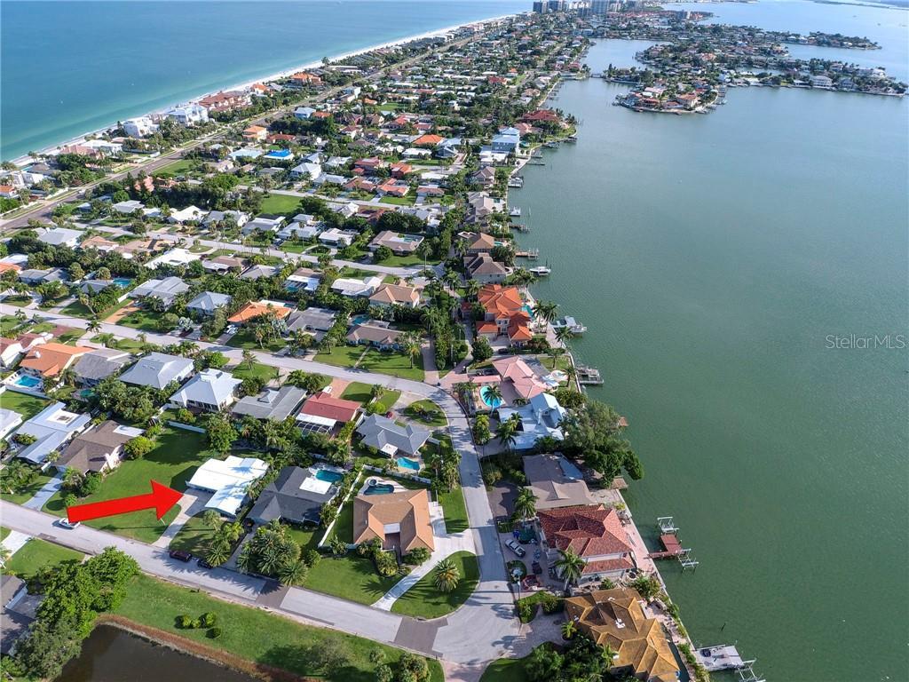 119 12TH STREET Property Photo - BELLEAIR BEACH, FL real estate listing