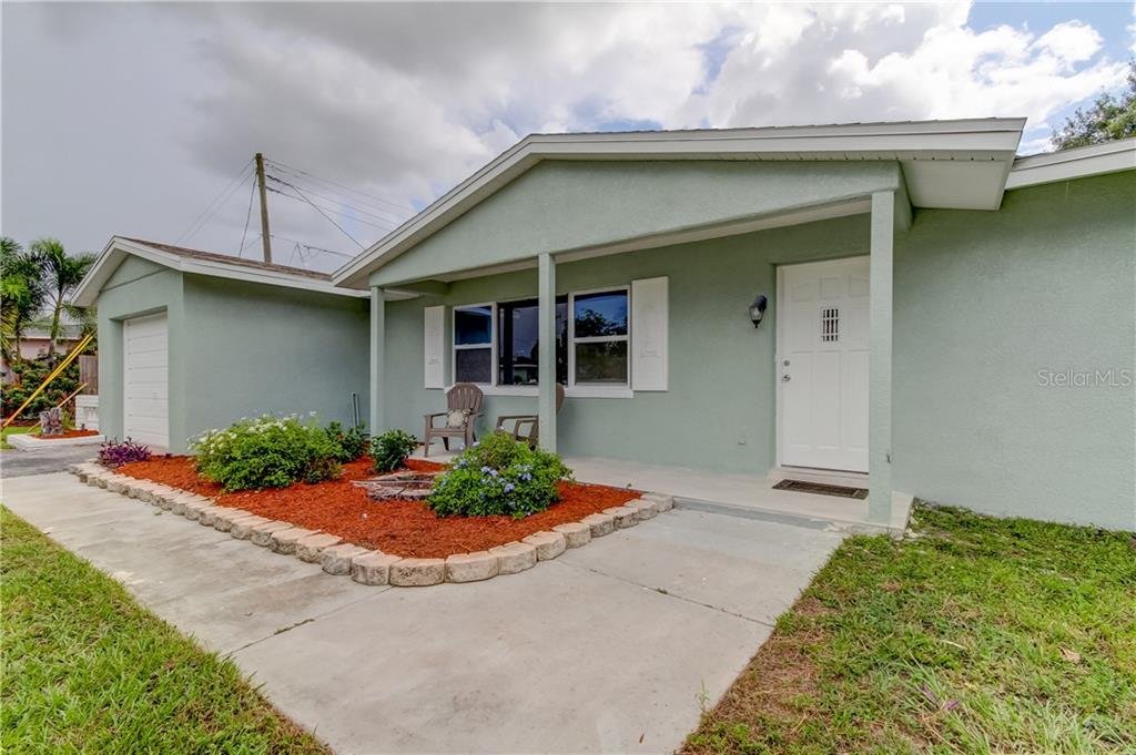 4437 61ST LANE N Property Photo - KENNETH CITY, FL real estate listing