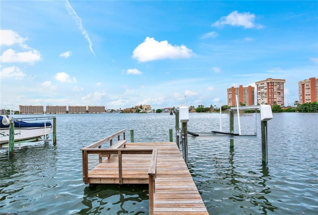 585 180TH AVENUE E Property Photo - REDINGTON SHORES, FL real estate listing