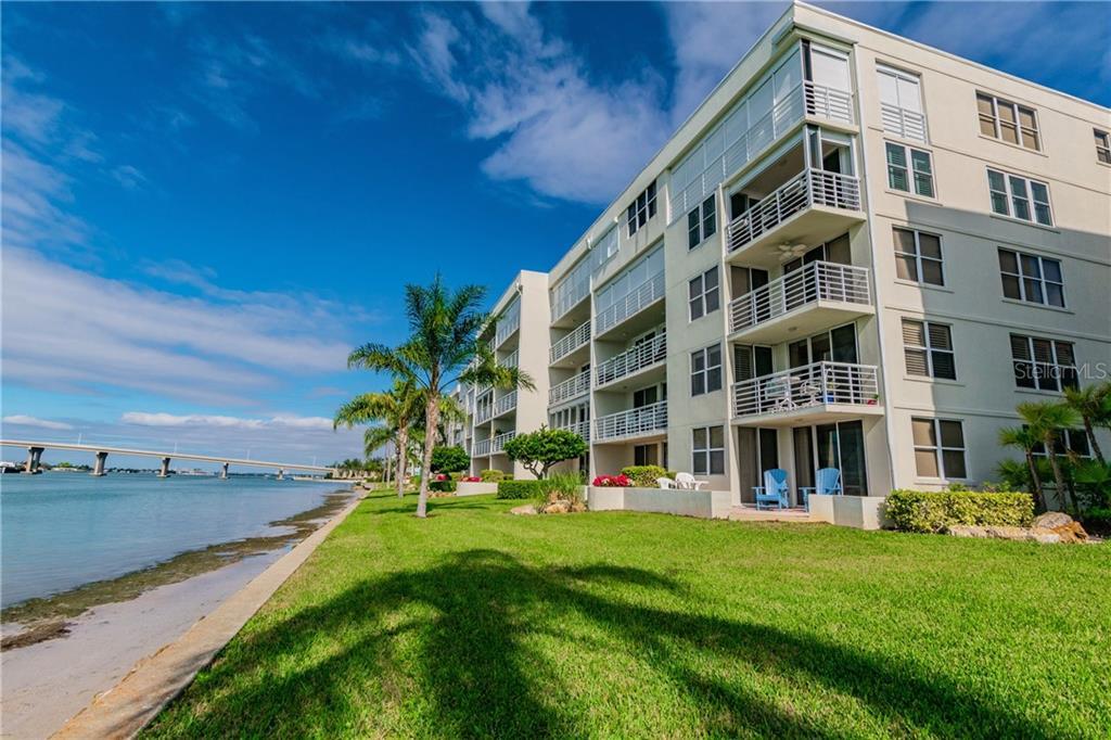 6085 Bahia Del Mar Circle #472 Property Photo