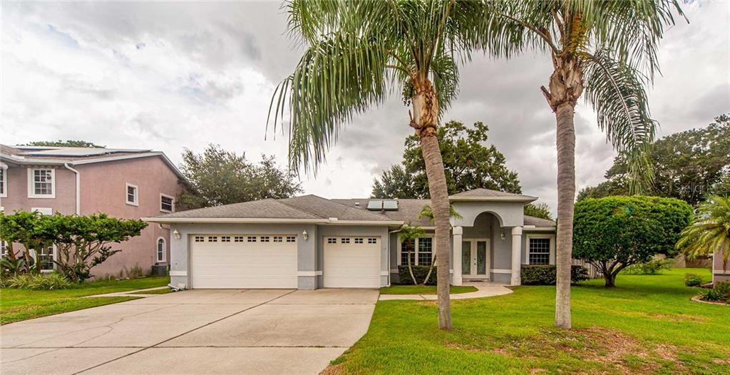 2644 VELVENTOS DRIVE Property Photo - CLEARWATER, FL real estate listing