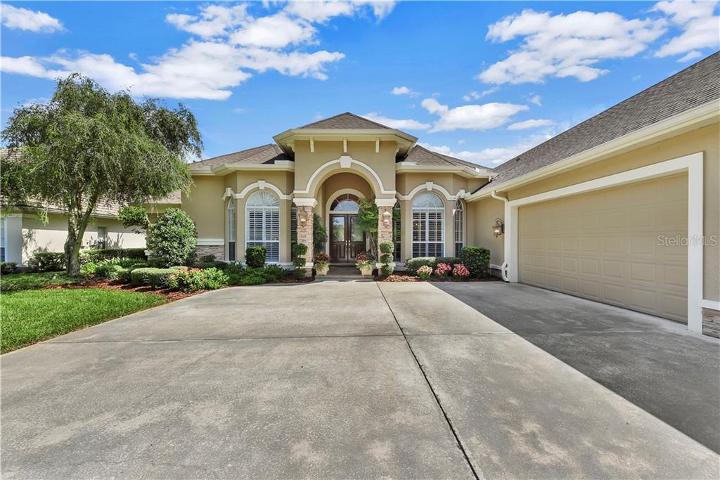 5821 PEACH HEATHER TRAIL Property Photo - VALRICO, FL real estate listing