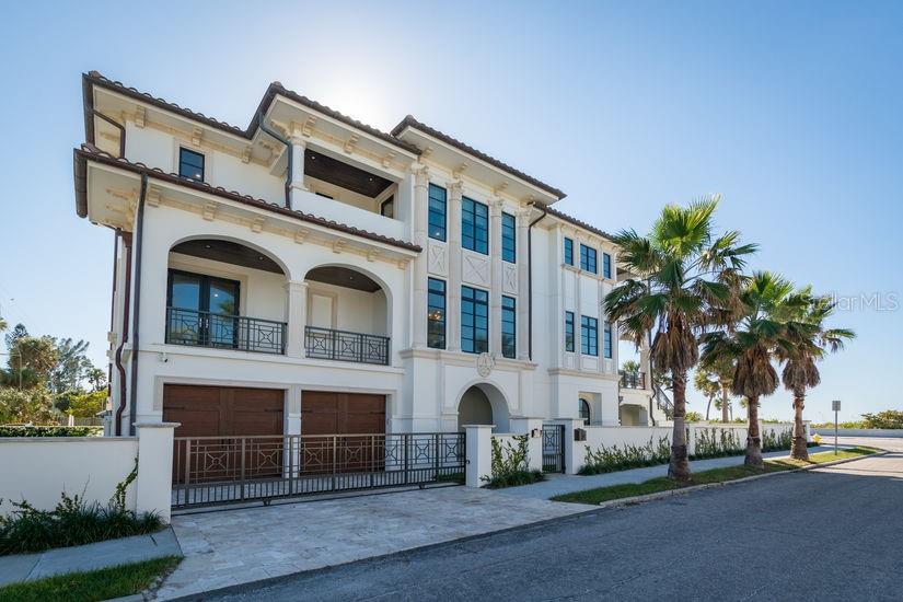 1307 Gulf Way Property Photo