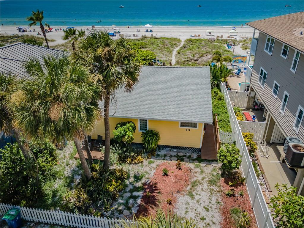 812 BEACH TRAIL Property Photo - INDIAN ROCKS BEACH, FL real estate listing