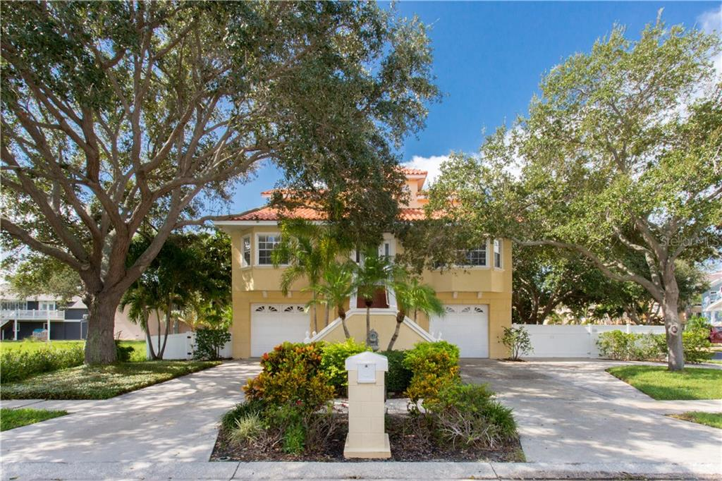 5968 BAYVIEW CIRCLE Property Photo - GULFPORT, FL real estate listing