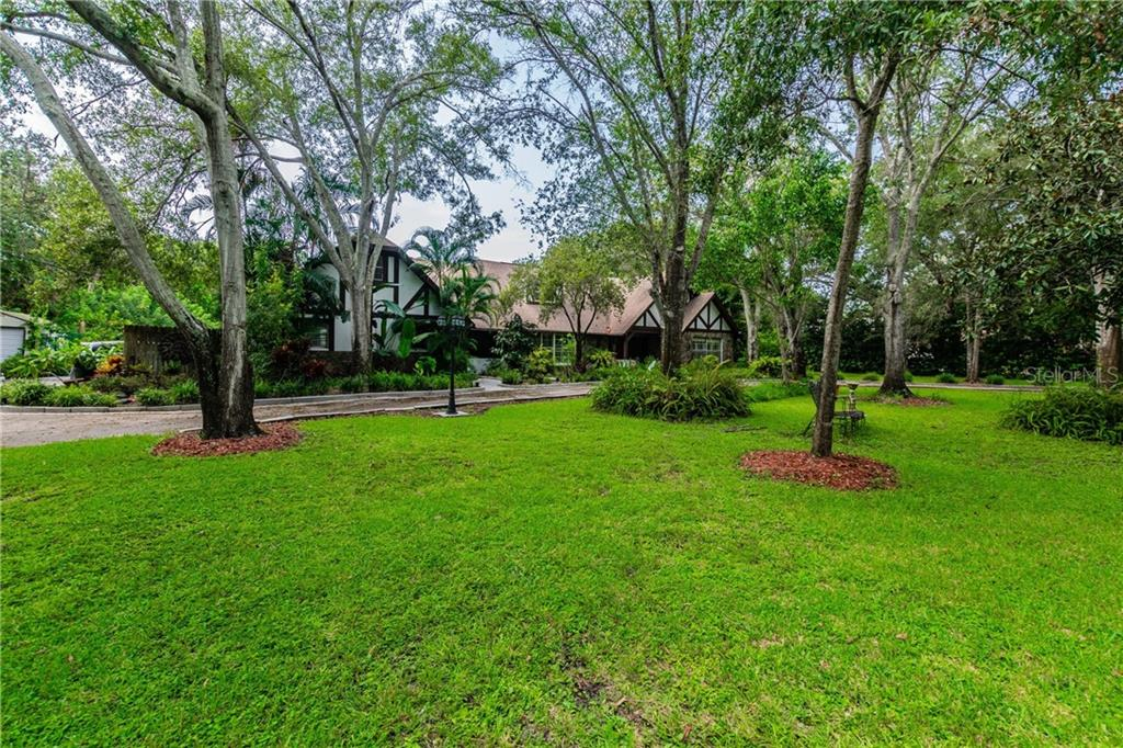 1690 FOX ROAD Property Photo - CLEARWATER, FL real estate listing
