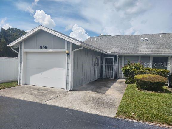 549 SURREY CLOSE Property Photo - PALM HARBOR, FL real estate listing