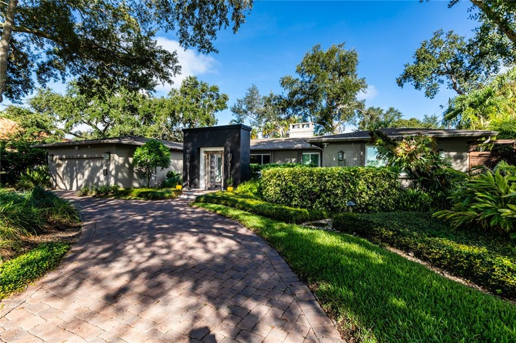 1100 BRIGHTWATERS BOULEVARD NE Property Photo - ST PETERSBURG, FL real estate listing