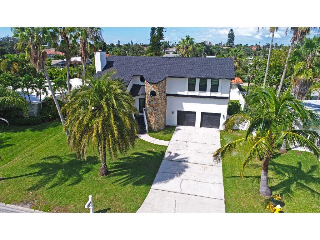 117 9TH ST Property Photo - BELLEAIR BEACH, FL real estate listing