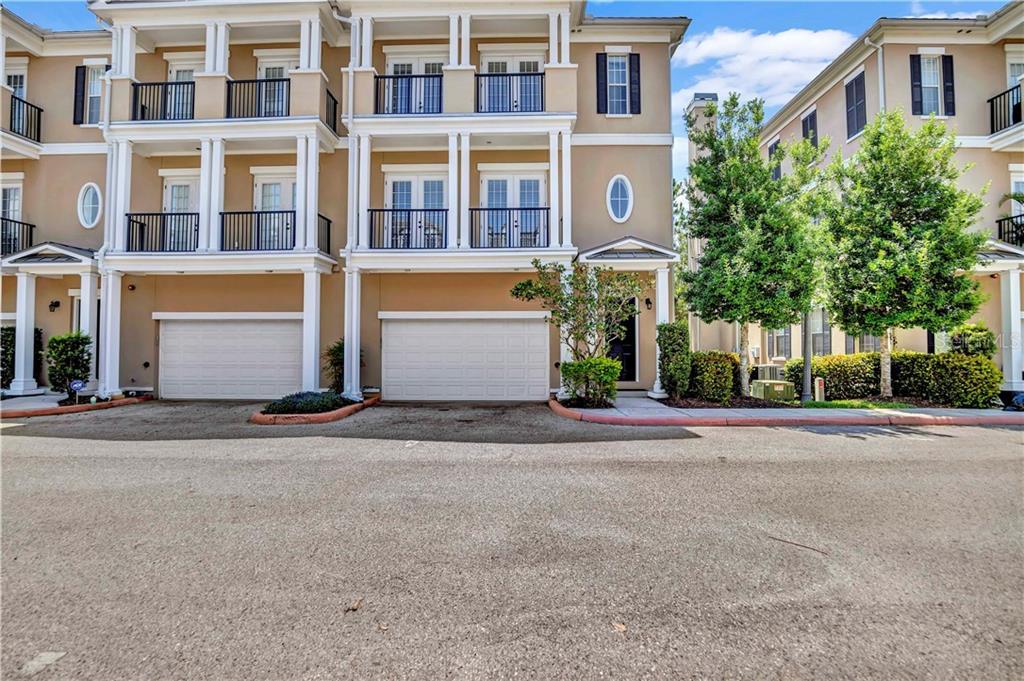 350 NEWBURY PLACE N Property Photo - ST PETERSBURG, FL real estate listing