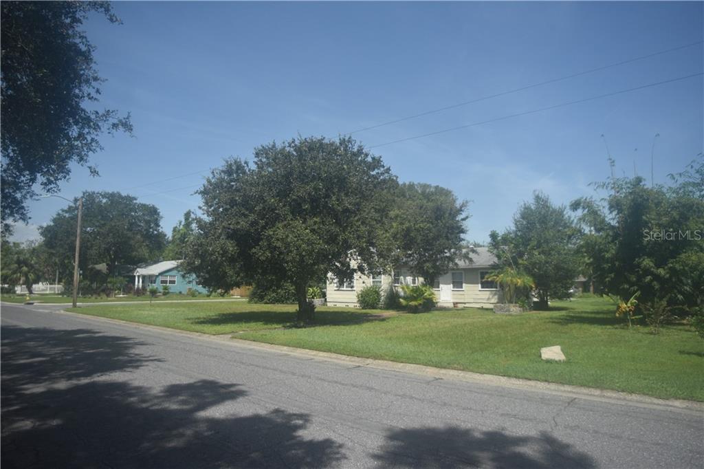 201 38TH AVENUE NE Property Photo