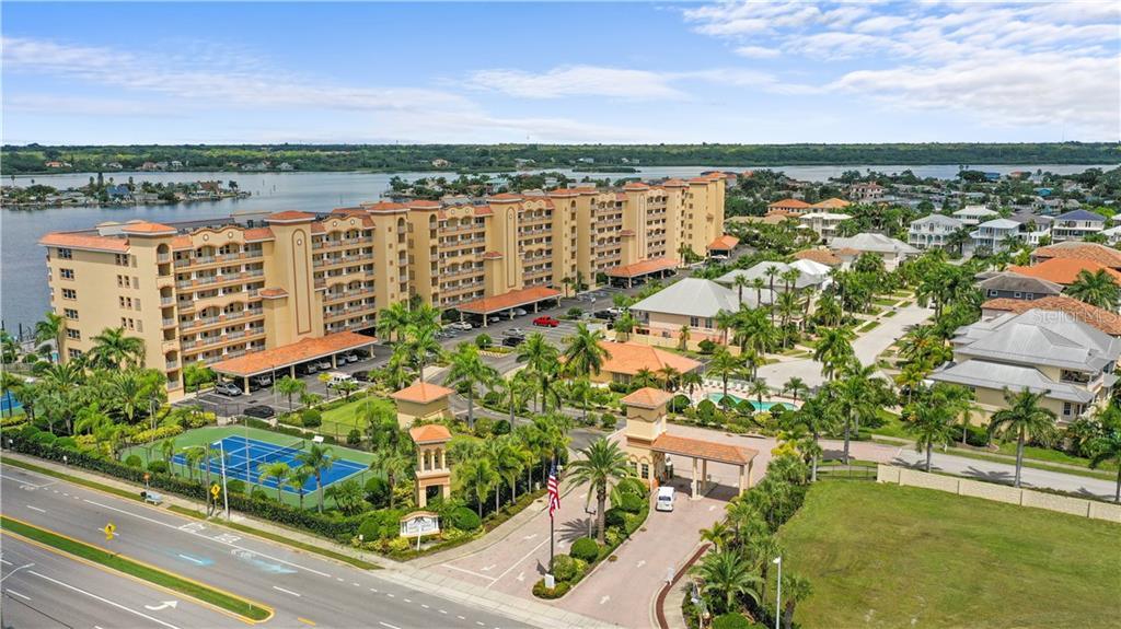 17717 GULF BOULEVARD #204 Property Photo - REDINGTON SHORES, FL real estate listing