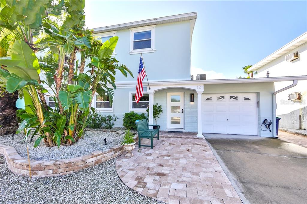 121 175TH TERRACE DRIVE E Property Photo - REDINGTON SHORES, FL real estate listing