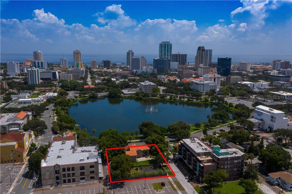 MIRROR LAKE DRIVE N Property Photo - ST PETERSBURG, FL real estate listing