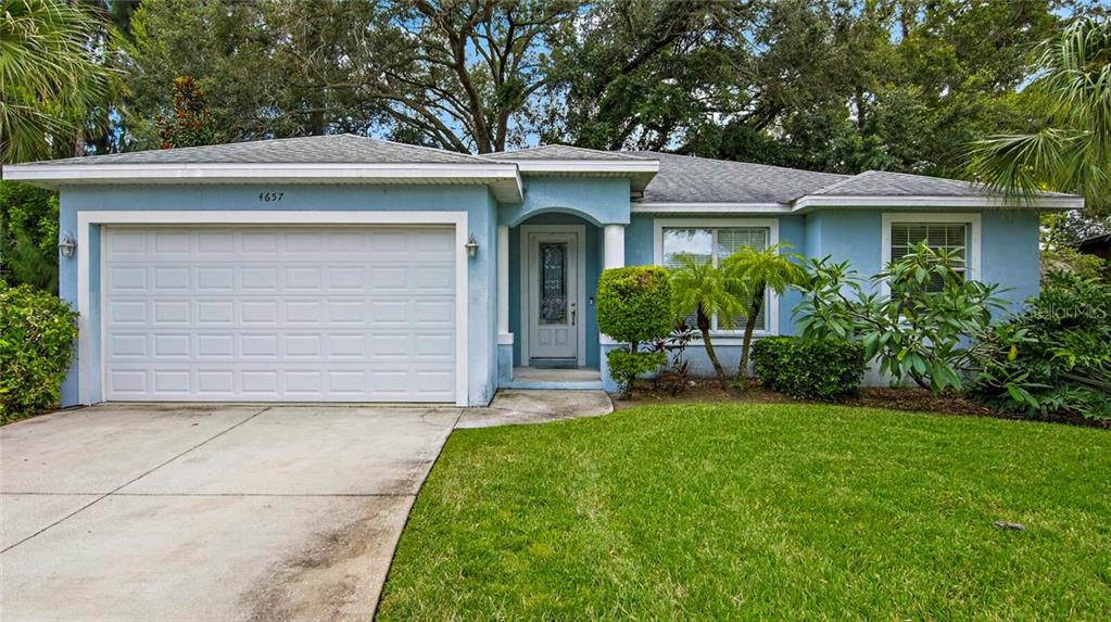 4657 43RD PLACE N Property Photo - ST PETERSBURG, FL real estate listing