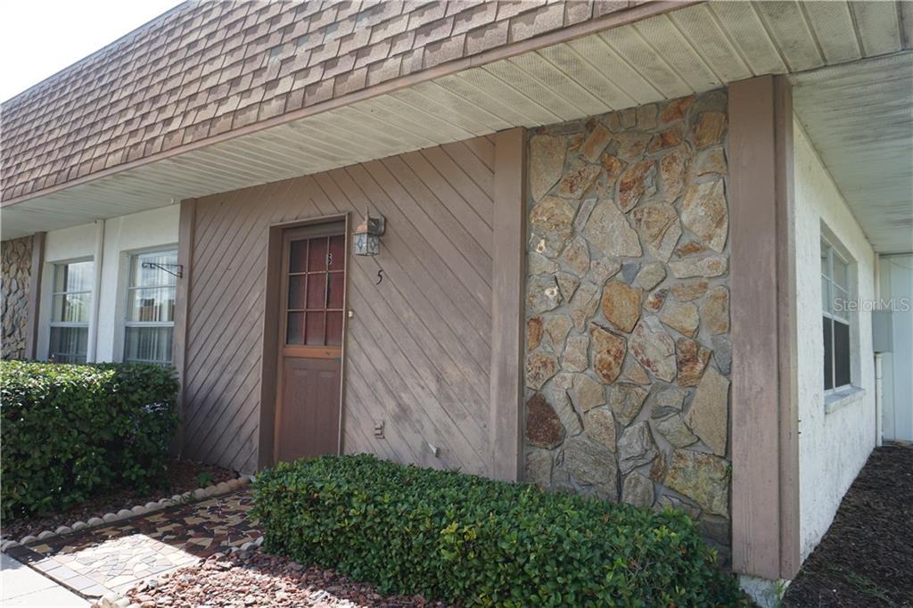 6051 Chesham #5 Property Photo 1