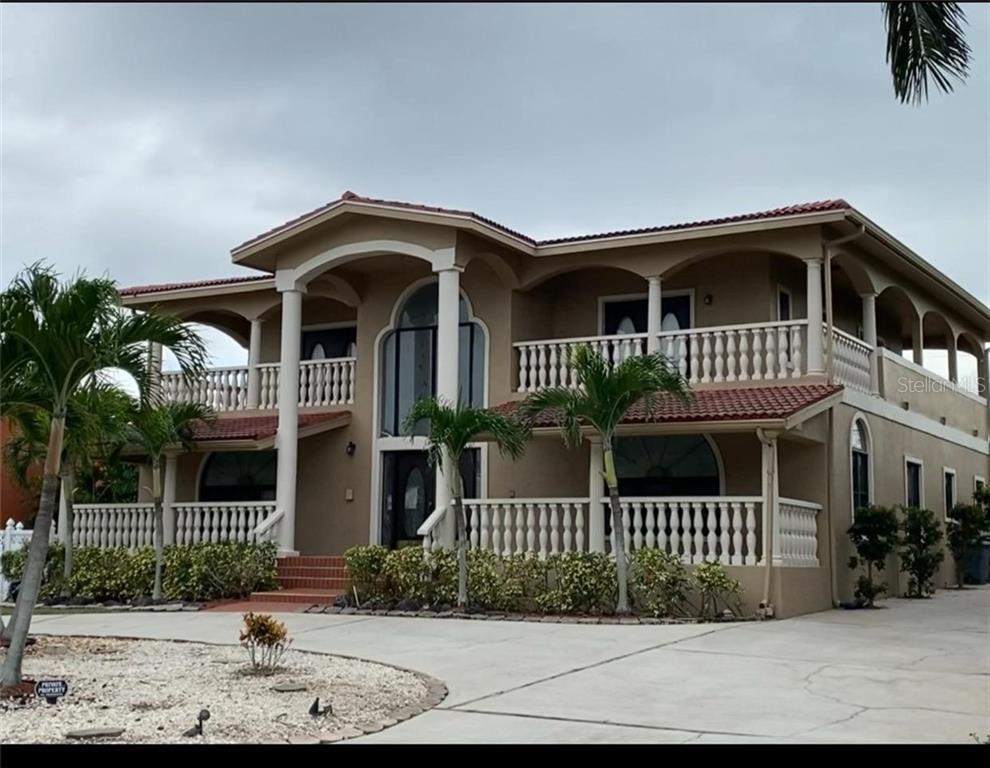 110 16TH STREET Property Photo - BELLEAIR BEACH, FL real estate listing