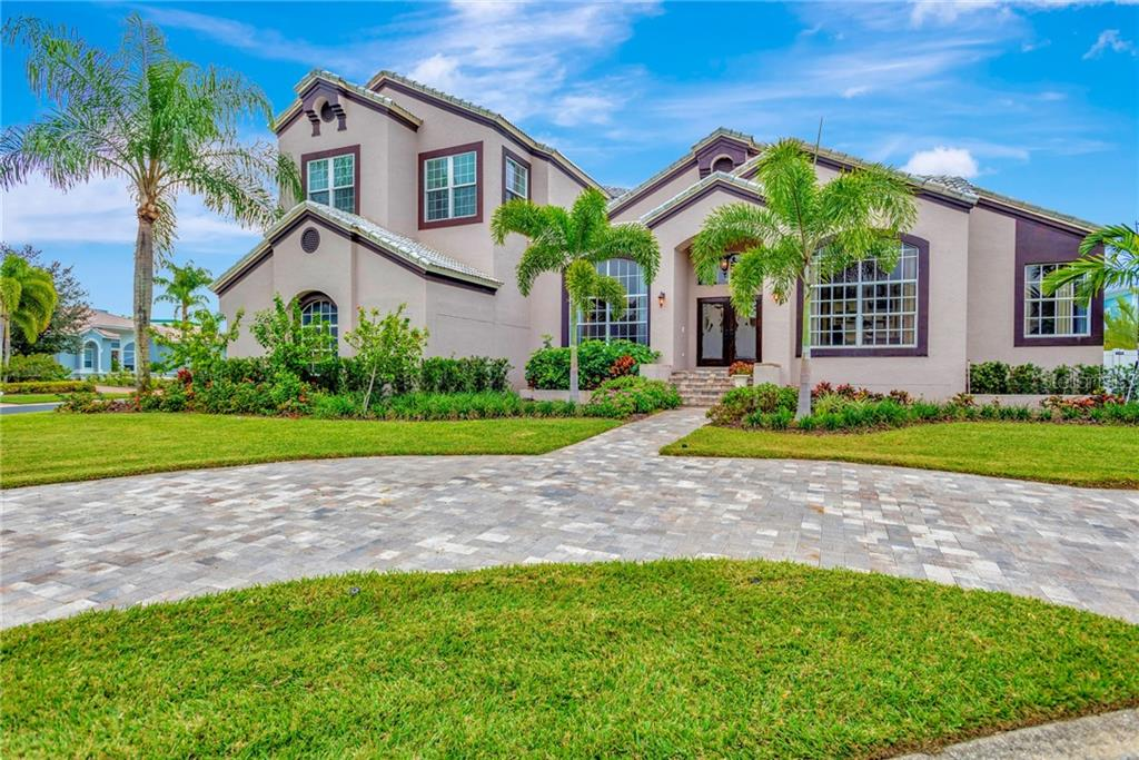 2709 SKIMMER POINT WAY S Property Photo - GULFPORT, FL real estate listing