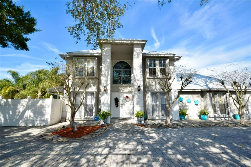 12211 Park Boulevard Property Photo