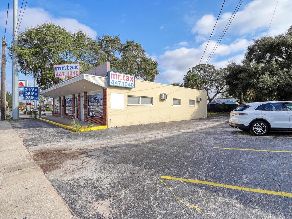 1311 S Missouri Avenue Property Photo