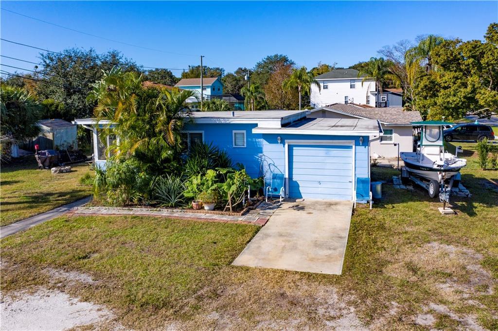 710 DISSTON STREET Property Photo - CRYSTAL BEACH, FL real estate listing