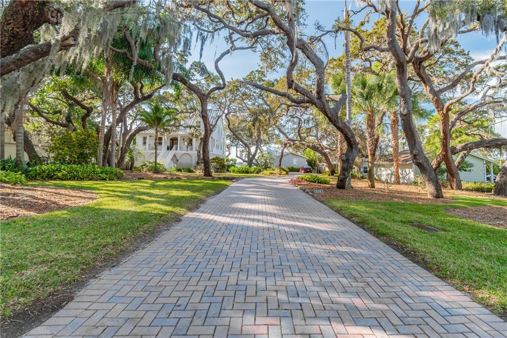 Crystal Beach Real Estate Listings Main Image