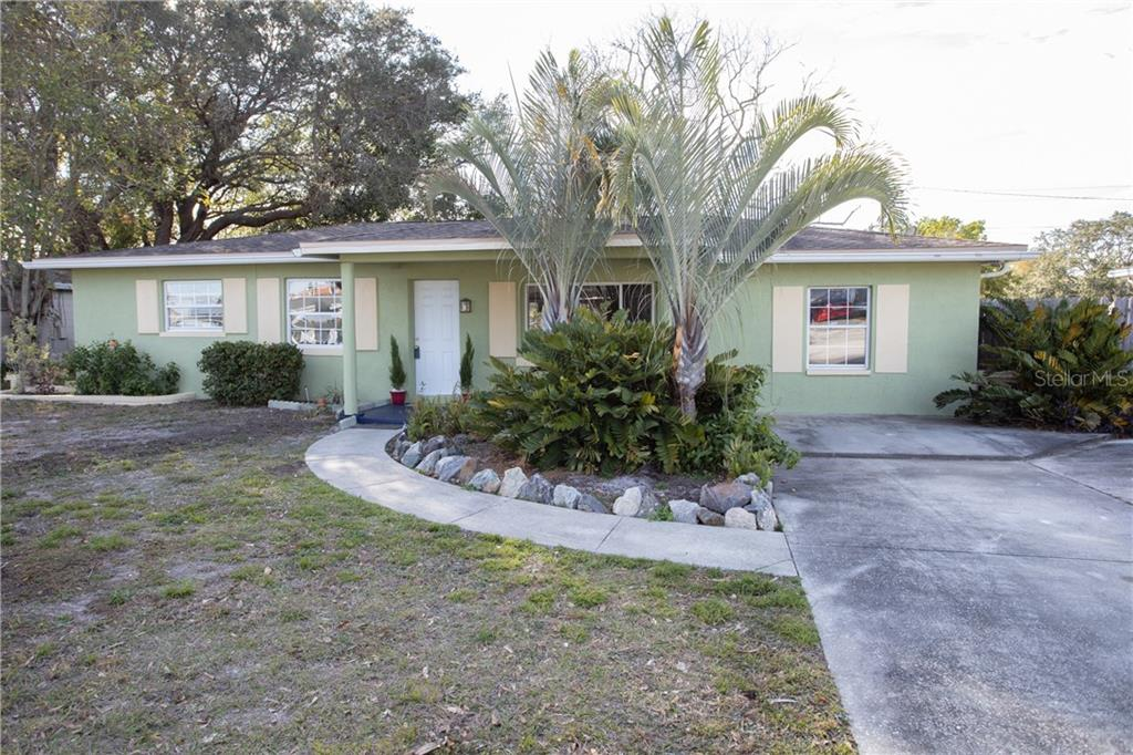 5322 60TH STREET Property Photo - KENNETH CITY, FL real estate listing